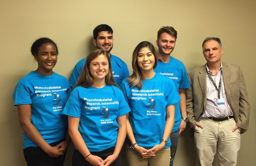 From left: MSK undergraduate summer interns Adel Andemeskel, Anna Nachbor, Anthony Aggouras, Janis Lee and Isaac Donnell, with MSK Research Center co-chair Jeffrey Duryea