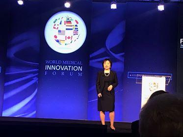 Li Zhou speaking